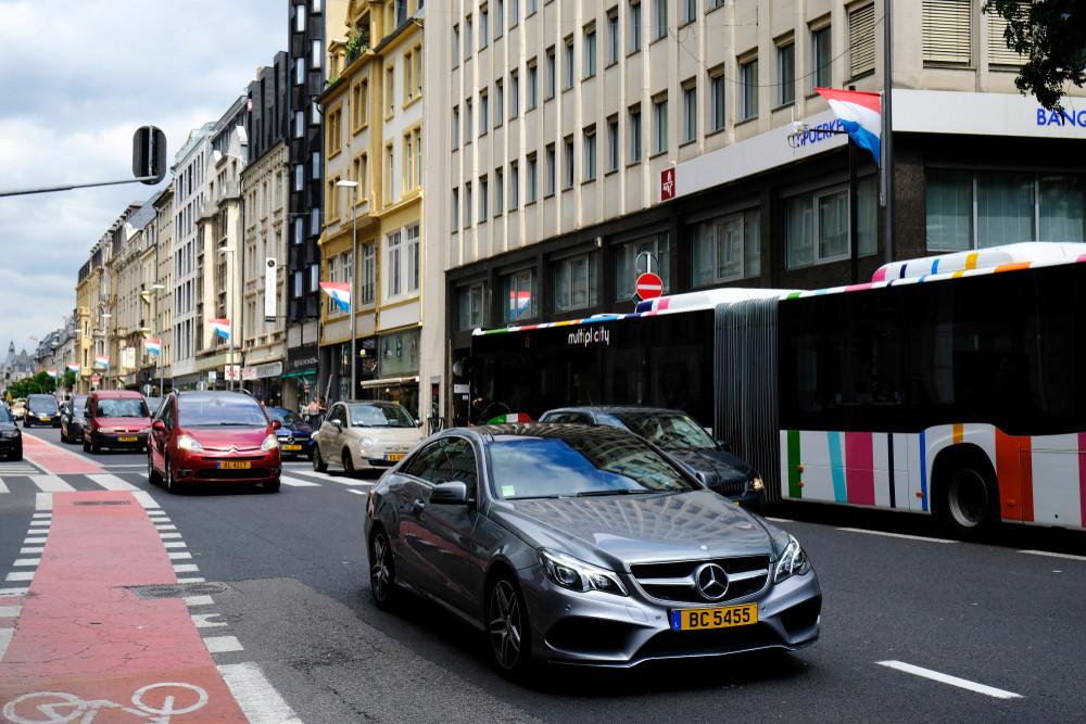 Les ménages luxembourgeois restent accros à l'automobile. (Photo: Shutterstock)