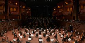 Le 26 juin, la Philharmonie célèbre son 15e anniversaire: musiciens comme spectateurs sont tenus de respecter la distanciation sociale, pratique qui s'est généralisée dans toute la société. ((Photo: www.alsalphotography.com))