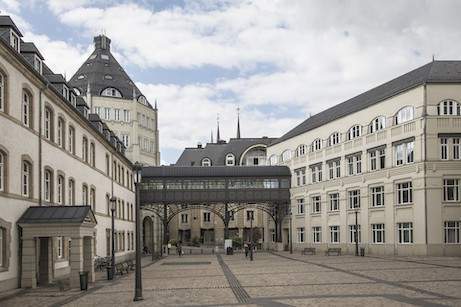 Le «Journal des tribunaux Luxembourg» décortique depuis dix ans les jugements des juridictions civiles, commerciales, pénales et administratives. (Photo : Luc Deflorenne / Archives / Maison Moderne)