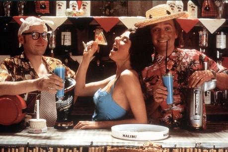 Shake, shake, shake… Les cocktails et les passionné(e)s qui les réalisent sont plus que jamais sous le feu des projecteurs festifs! (Photo: Alamy Stock Pictures)