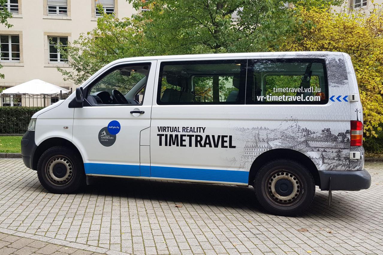 Développé par la Ville de Luxembourg en collaboration avecUrbanTimetravel, le projet «VR Timetravel» permet aux visiteurs de découvrir le quartier du Pfaffenthal tel qu'il était au 19e siècle à l'occasion d'un trajet dans un bus spécialement aménagé. (Photo: Ville de Luxembourg / Facebook)