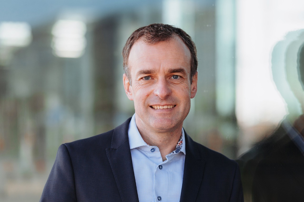 Pour RolandLudwig, le CEO, face aux défis posés par la pandémie en 2020, Advanzia Bank a continué d'assumer son rôle vital de fournisseur de cartes de crédit dans l'écosystème des paiements. (Photo: Advanzia Bank/estherjansen.de)