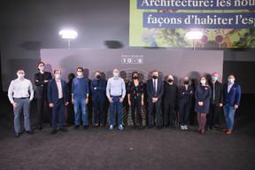 Christian Nilles (Prefalux Construction), Tobiasz Lebkowski (Georges Reuter Architectes), Olivier Auchet (Enovos), Claude Ballini (BALLINIPITT Architectes Urbanistes), Mathias Eichhorn (Dagli Atelier d'Architecture), Mathias Fritsch (Beiler François Fritsch), Pascale Junker (Auteure), Jean-Nicolas Montrieux (INOWAI), Philippe Nathan (2001), Sara Noel Costa de Araujo (Studio Sncda), Céline Coubray (Maison Moderne), Norry Schneider (Centre for Ecological Learning Luxembourg) et Pedro Castilho (Verbalius) ((Photo: Simon Verjus/Maison Moderne))