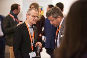 Serge Karp (VP Bank), à gauche ((Photo: Jan Hanrion / Maison Moderne))