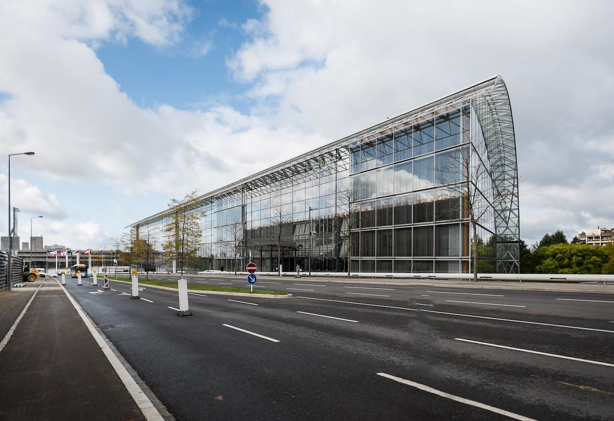 Plus de 10.500 personnes travaillent dans les institutions européennes au Luxembourg, dont la Banque européenne d'investissement, et sont donc considérées comme frontalières même si la plupart résident au Grand-Duché. (Photo: Nader Ghavami / Archives / Maison Moderne)