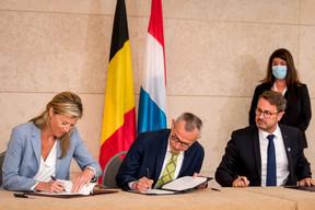 Signature d'une déclaration commune sur la coopération en matière de gestion de crise, avec Annelies Verlinden, ministre de l'Intérieur, et Frank Vandenbroucke, ministre de la Santé publique. ((Photo: Nader Ghavami))