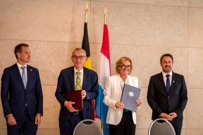Frank Vandenbroucke et Paulette Lenert ont signé une déclaration commune sur la coopération sanitaire transfrontalière, sujet d'actualité par temps de Covid. ((Photo: Nader Ghavami))
