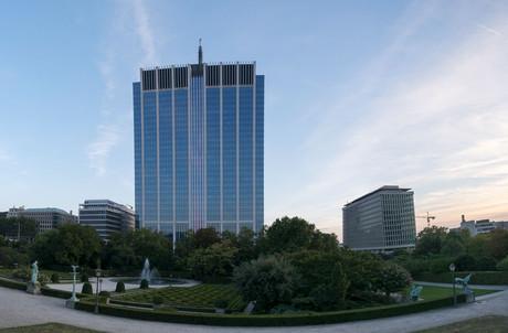 La Tour des Finances à Bruxelles, acquise pour 1,2 milliard par le coréen Meritz Securities. (Photo: Shutterstock)