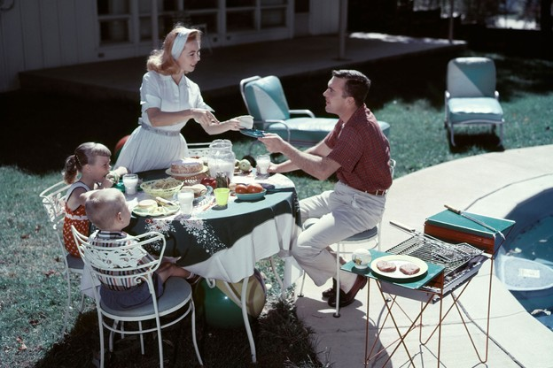 Ambiance familiale, mondaine ou plus alternative… le Grand-Duché regorge de jolies terrasses, à combiner avec une virée selon vos envies du moment…  (Photo: Alamy Stock Pictures)