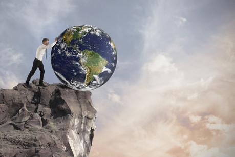 Au bord du gouffre, la planète a besoin d'entrepreneurs innovants. Quinze scientifiques européens se sont mis en quête d'une centaine de start-up, leur promettant de les aider à financer leur développement. (Photo: Shutterstock)