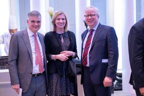 À gauche, Claude Marx (directeur de la CSSF) et Lucienne Andring (Banque de Luxembourg) ((Photo: Éric Chenal))