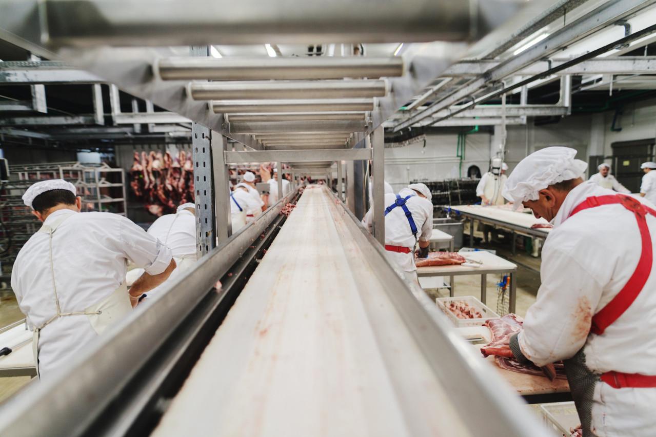 C'est dans le secteur de l'alimentation que se trouvent en moyenne les salaires les plus bas. (Photo: Shutterstock)