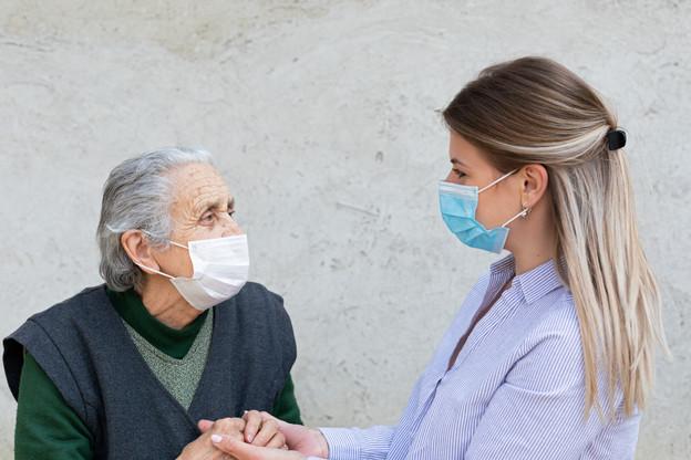 Les personnes de plus de 80 ans sont les plus gravement touchées par le Covid-19. (Photo: Shutterstock)
