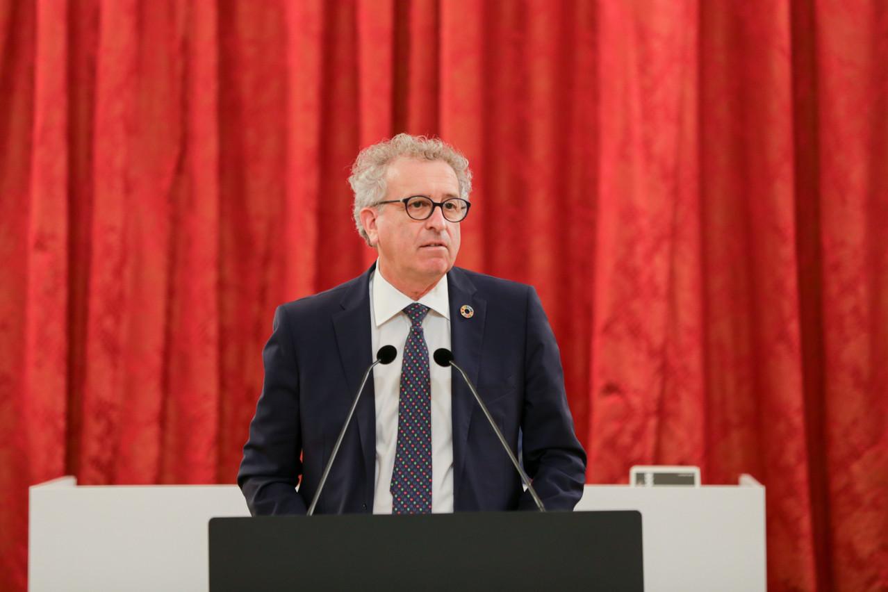 Pierre Gramegna défend un budget, certes en déficit, mais privilégiant les investissements et le soutien à l'économie, à l'«austérité idéologique». (Photo: Romain Gamba / Maison Moderne)