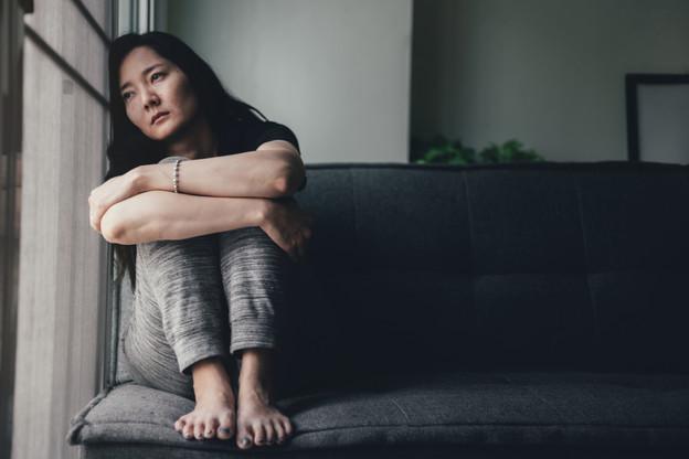 Les victimes de violences ne sont pas seules face à leur bourreau. (Photo: Shutterstock)