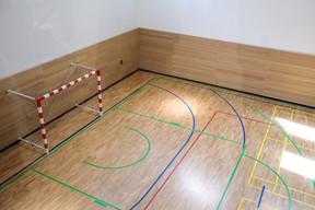Les agents de la CJUE ont accès à un nouveau complexe sportif en sous-sol de la 3 e  tour. ((Photo: Matic Zorman))