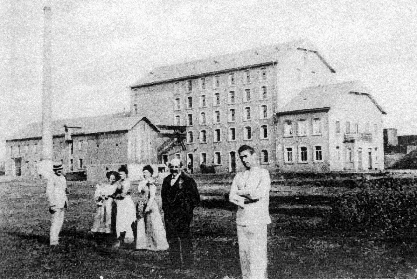 The Kleinbettigen mills in 1901. They were still owned by the Fribourg and Wagner families. Photo: Kleinbettigen mills