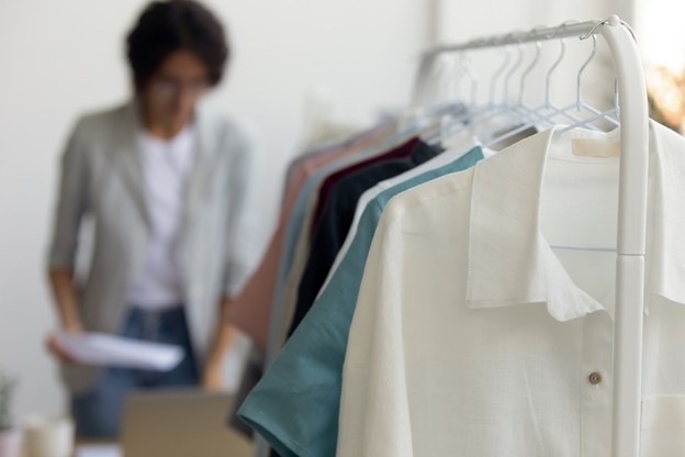 Le commerce de détail dans l'habillement a perdu près de 18% de chiffre d'affaires sur un an, fin novembre. (Photo: Shutterstock)