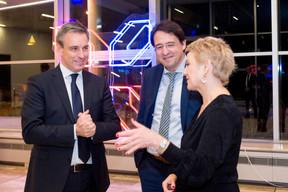 Claude Meisch (Ministre de l'Enseignement supérieur et de la Recherche), Mario Grotz et Sasha Baillie (Luxinnovation) ((Photo: Marie De Decker))