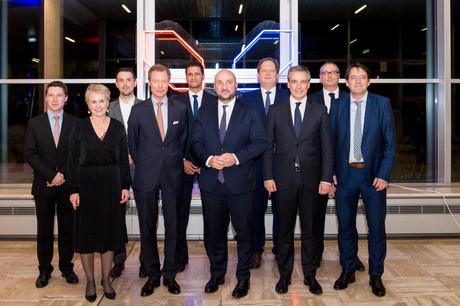 S.A.R. le Grand-Duc Henri, Étienne Schneider et Claude Meisch en compagnie du Conseil de gérance de Luxinnovation (Photo: Marie De Decker)
