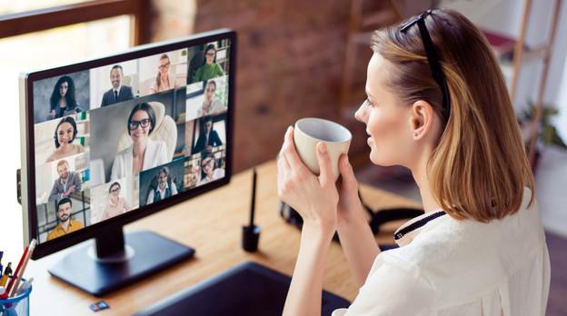 Près d'un salarié sur deux, contraint au télétravail, a dû se mettre aux outils de visioconférence. (Photo: Shutterstock)