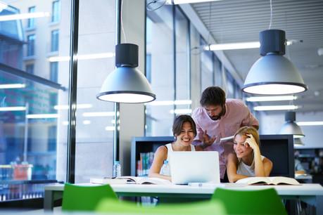 La digitalisation accélère le développement de l'entrepreunariat: il faut moins de cinq jours pour avoir une autorisation d'établissement contre trois semaines il y a quelques années. Mais le ministre des Classes moyennes veut aller plus loin. (Photo: Shutterstock)