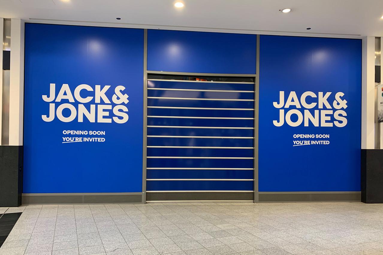Jack & Jones ouvrira dans quelques jours au Belval Plaza. (Photo: Paperjam)