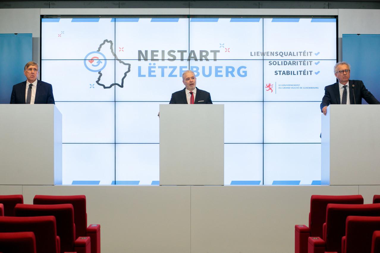 Les ministres Bausch, Kersch et Gramegna ont détaillé certaines nouvelles mesures. Lex Delles et Franz Fayot feront de même vendredi. (Photo: Matic Zorman/Maison Moderne)