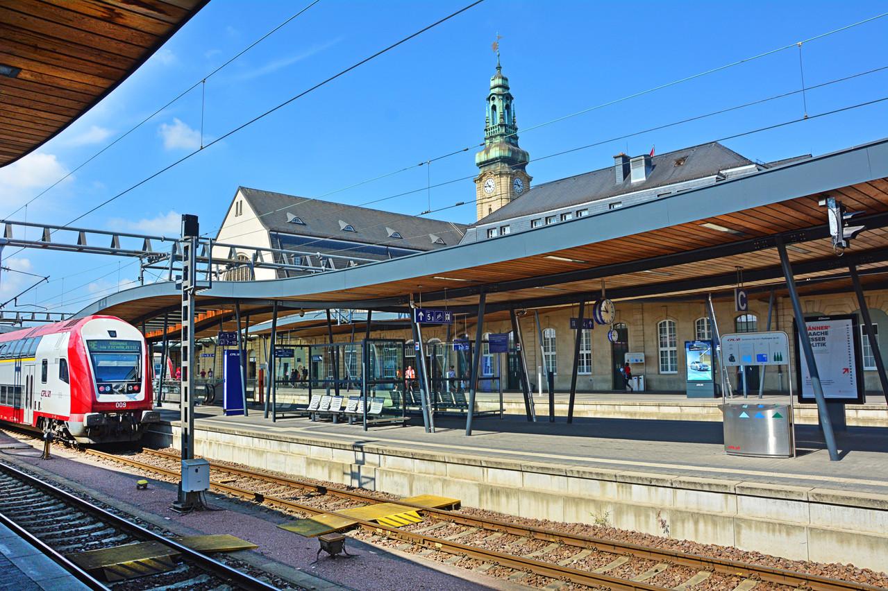 Chaque jour, des milliers de travailleurs belges rejoignent Luxembourg, notamment en train. (Photo: Shutterstock)