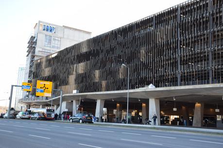Le nouveau parking a pris place au-dessus de la gare routière du pôle d'échange Luxexpo. (Photo: Fonds Kirchberg)