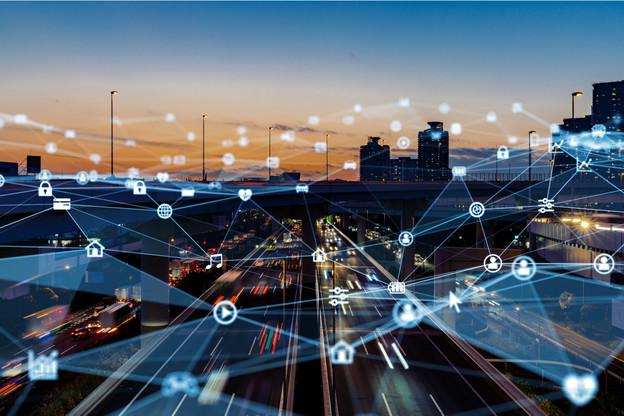 La 5G va permettre le développement des voitures autonomes et des routes intelligentes. (Illustration: Shutterstock)
