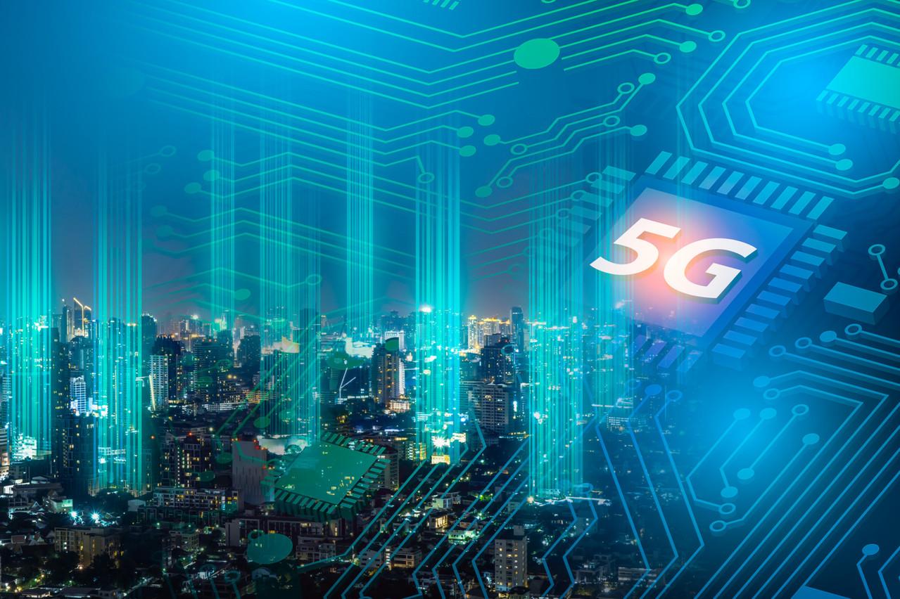 Découvrez le dossier consacré à la 5G dans le magazine Paperjam de décembre. (Photo: Shutterstock)