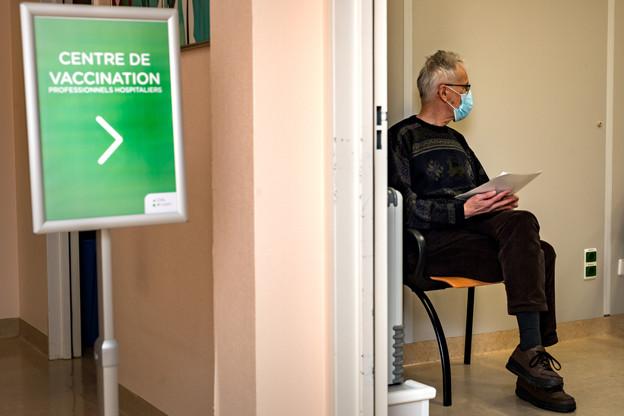 313.511 personnes bénéficient désormais d'un schéma vaccinal complet au Luxembourg, soit plus de 50% de la population. Et 389.229personnes ont, pour l'instant, reçu une seule première dose. (Photo: Nader Ghavami/Maison Moderne)