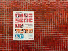 Au mur, un rappel des consignes élémentaires. ((Photo: Paperjam))