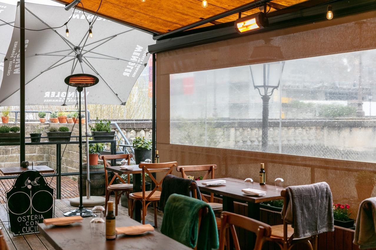Si les bars et restaurants peuvent retravailler depuis le 7 avril dernier, les conditions restent cependant très strictes et les aides financières ont d'ailleurs été maintenues. (Photo: Romain Gamba/Maison Moderne)