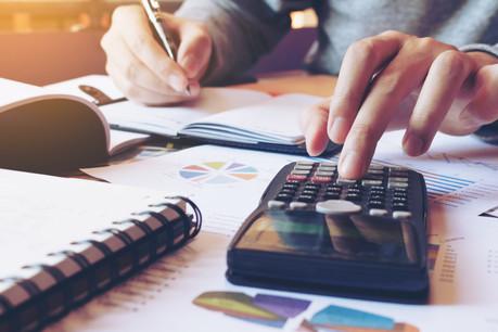 La gestion des finances en temps de crise passe par un «real-time reporting» selon les experts invités lors de la table ronde digitale à ce sujet qui s'est déroulée le 23 avril. (Photo: Shutterstock)