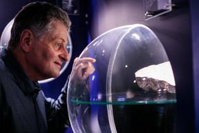 Alain Faber présente dans son musée minéraux et roches, faune et flore du Luxembourg et du reste du monde. ((Photo: Matic Zorman / Maison Moderne))