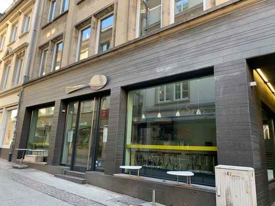 L'enseigne luxembourgeoise était présente dans trois points de vente, dont celui-ci, rue Chimay, au cœur de la ville haute. (Photo: Maison Moderne)