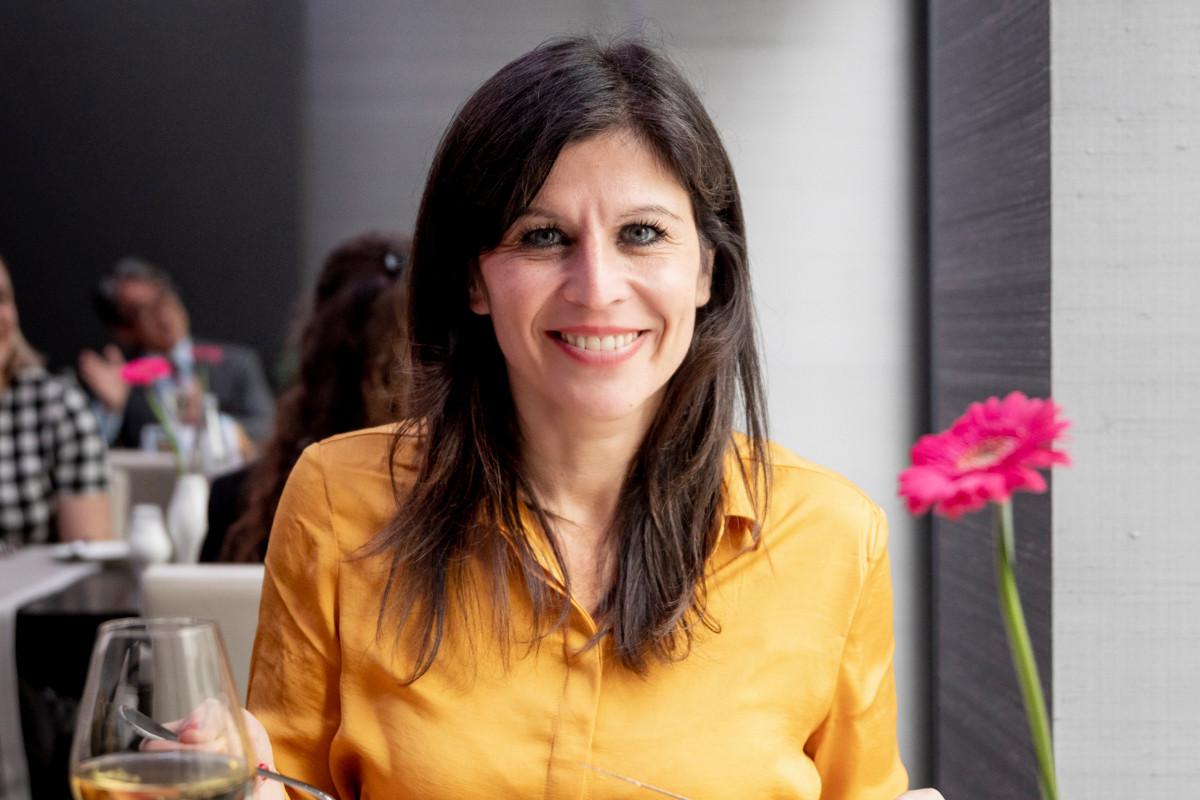Après un début de carrière dans les médias, le fundraising s'est présenté comme une opportunité, avant de devenir un véritable métier-passion pourCarine Lilliu. (Photo: Patricia Pitsch/Maison Moderne)