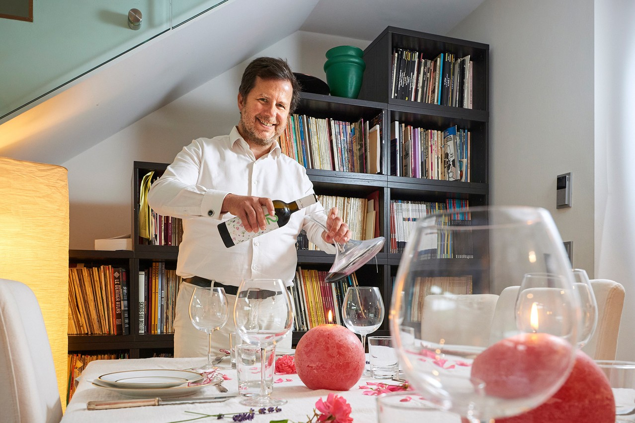 Thibault de Barsy enjoys organising large dinners. Andrés Lejona/Maison Moderne