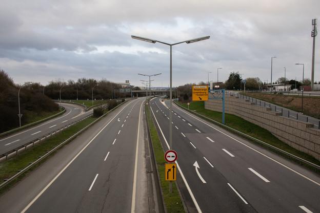 Entre vendredi soir et lundi matin, l'A3 sera bouclée pour permettre aux CFL de réaliser des travaux sur la future ligne ferroviaire entre Luxembourg et Bettembourg. (Photo: Matic Zorman/archives Maison Moderne)