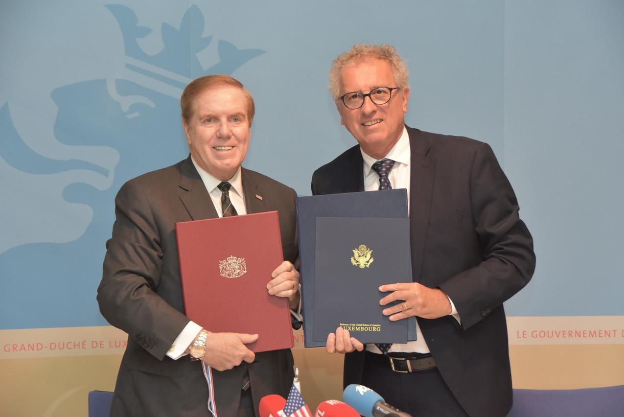 J. Randolph Evans, ambassadeur des États-Unis à Luxembourg, et Pierre Gramegna, ministre des Finances. (Photo: MFin)