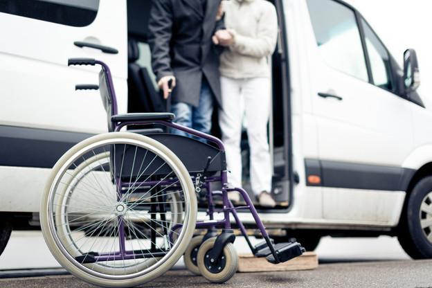 Le service Adapto dans sa nouvelle version sera réservé aux personnes à mobilité réduite n'ayant pas d'autre possibilité de se déplacer et sera gratuit. (Photo: Shutterstock)