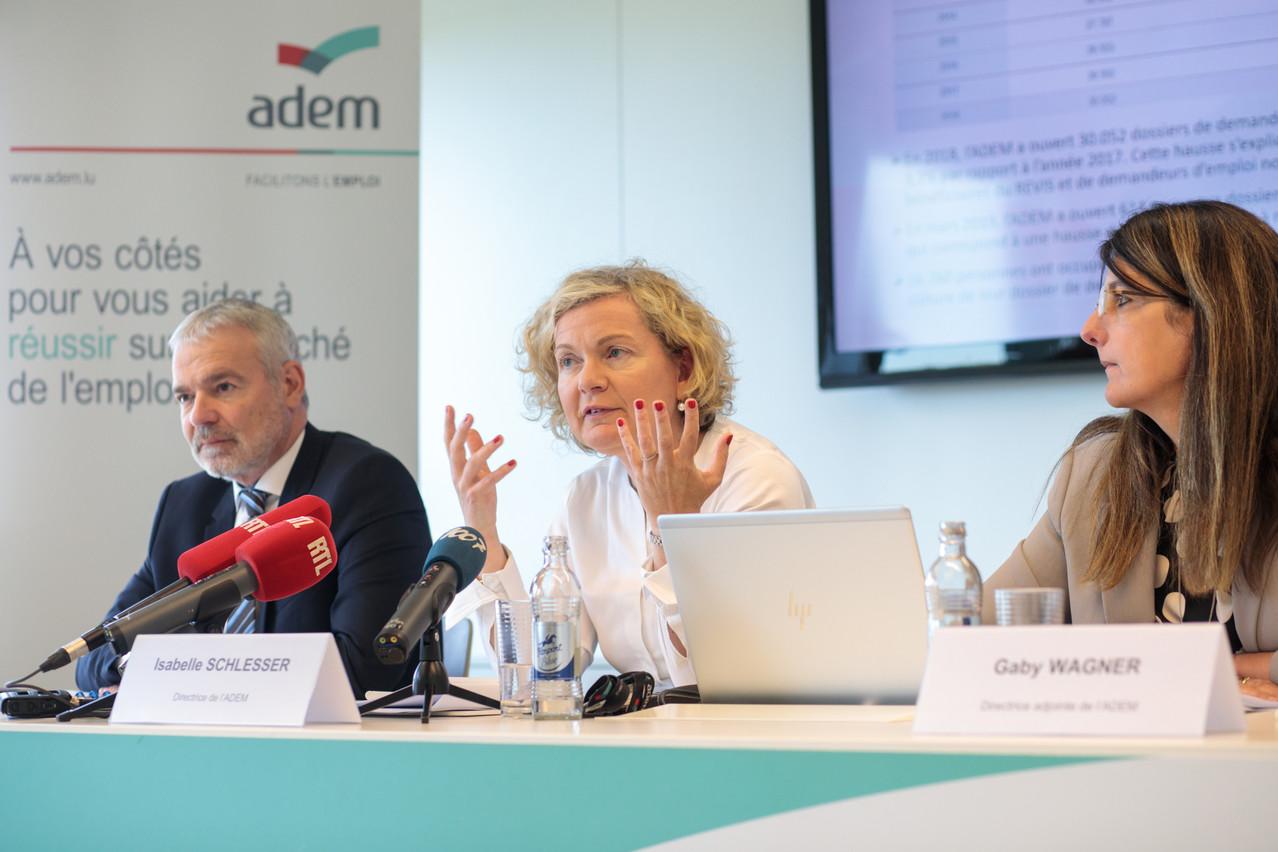 Entourée de son ministre de tutelle Dan Kersch et de son bras droit Gaby Wagner, Isabelle Schlesser a rappelé que l'Adem devait composer avec un marché de l'emploi en mutation permanente. (Photo: Matic Zorman)
