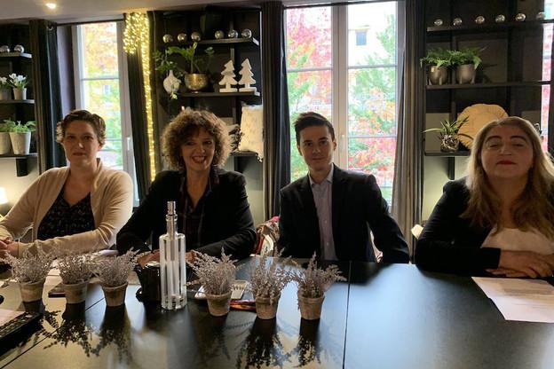 L'adjointe aux espaces verts, Béatrice Agamennone, (2 e à partir de la gauche) référente du parti présidentiel en Moselle, a finalement décidé de se lancer sans investiture du parti. (Photo: Twitter/Béatrice Agamennone)