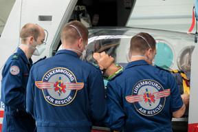 Le personnel de Luxembourg Air Rescue peut transporter des malades hautement infectieux en toute sécurité. ((Photo: Matic Zorman / Maison Moderne))