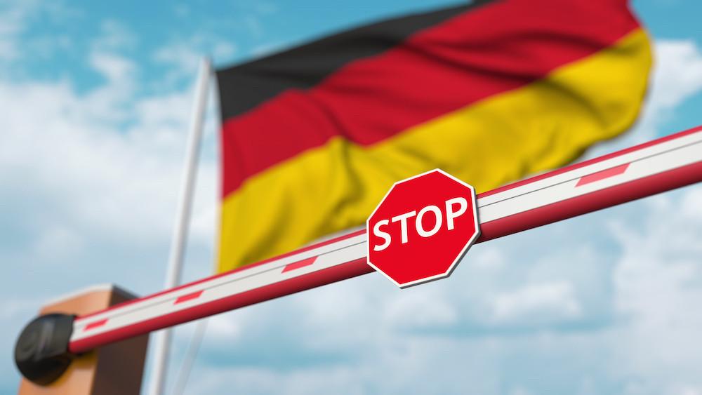 Depuis ce dimanche 1 er  août, tous les voyageurs (dès 12ans) qui se rendent en Allemagne doivent présenter un test négatif, un certificat de guérison ou une attestation de vaccination. (Photo: Shutterstock)