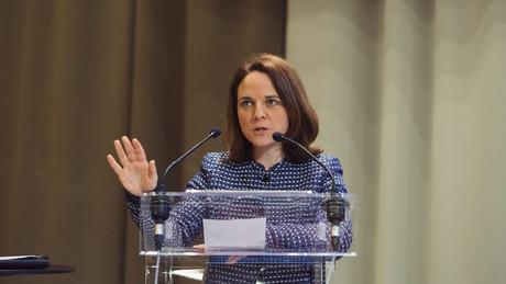 La ministre CorinneCahen a détaillé sa proposition ce mardi en commission de la Chambre. (Photo: Sebastien Goossens/archives/Maison Moderne)