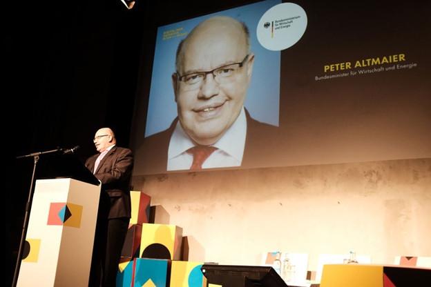 Le ministre allemand de l'Économie, ici lors de la précédente édition du Digital Summit à Dortmund, a lourdement chuté en quittant la scène. (Photo: DE. digital)