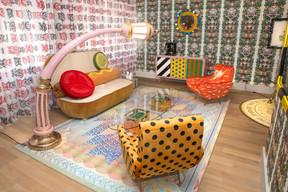 Dans l'espace lounge, on retrouve plusieurs objets représentatifs du style de Studio Job, dont les meubles édités par Seletti. ((Photo: SergeBrison))